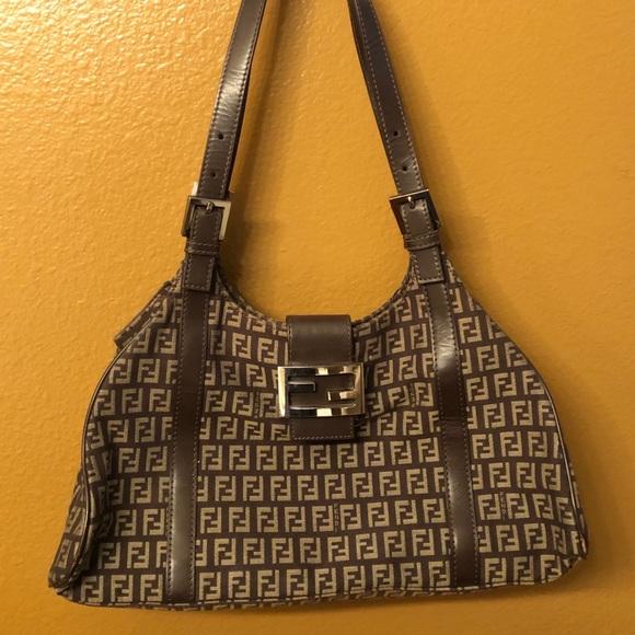 Fendi Handbags - Vintage Fendi 03058R091038 Zucca Monogram Purse fa9159163de44
